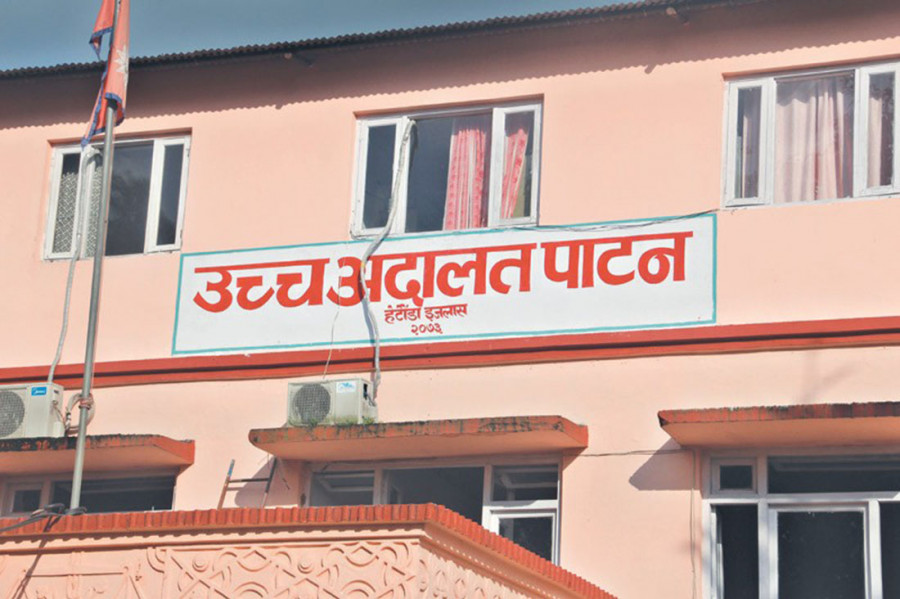 Patan High Court directs EC not to pick civil officers for polls